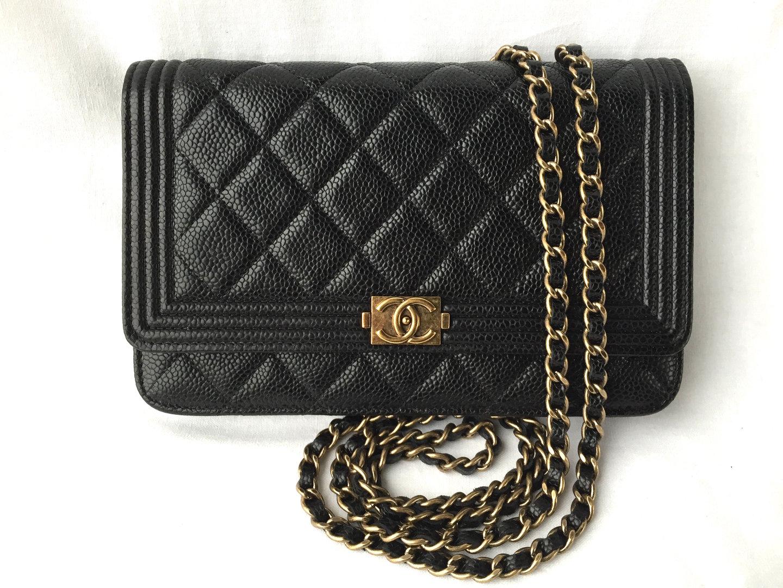 5cbaa13af335 Chanel Boy Wallet On Chain black caviar - www .