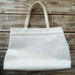 **summer price** Chanel tote caviar Vintage white
